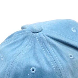 กระดุมหมวกสีเดียวกับเนื้อผ้าหมวก